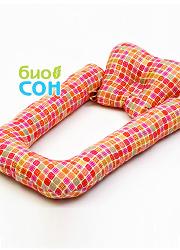 """Подушка для новорожденных BabySleep (ограничитель) """"Квадратики"""""""